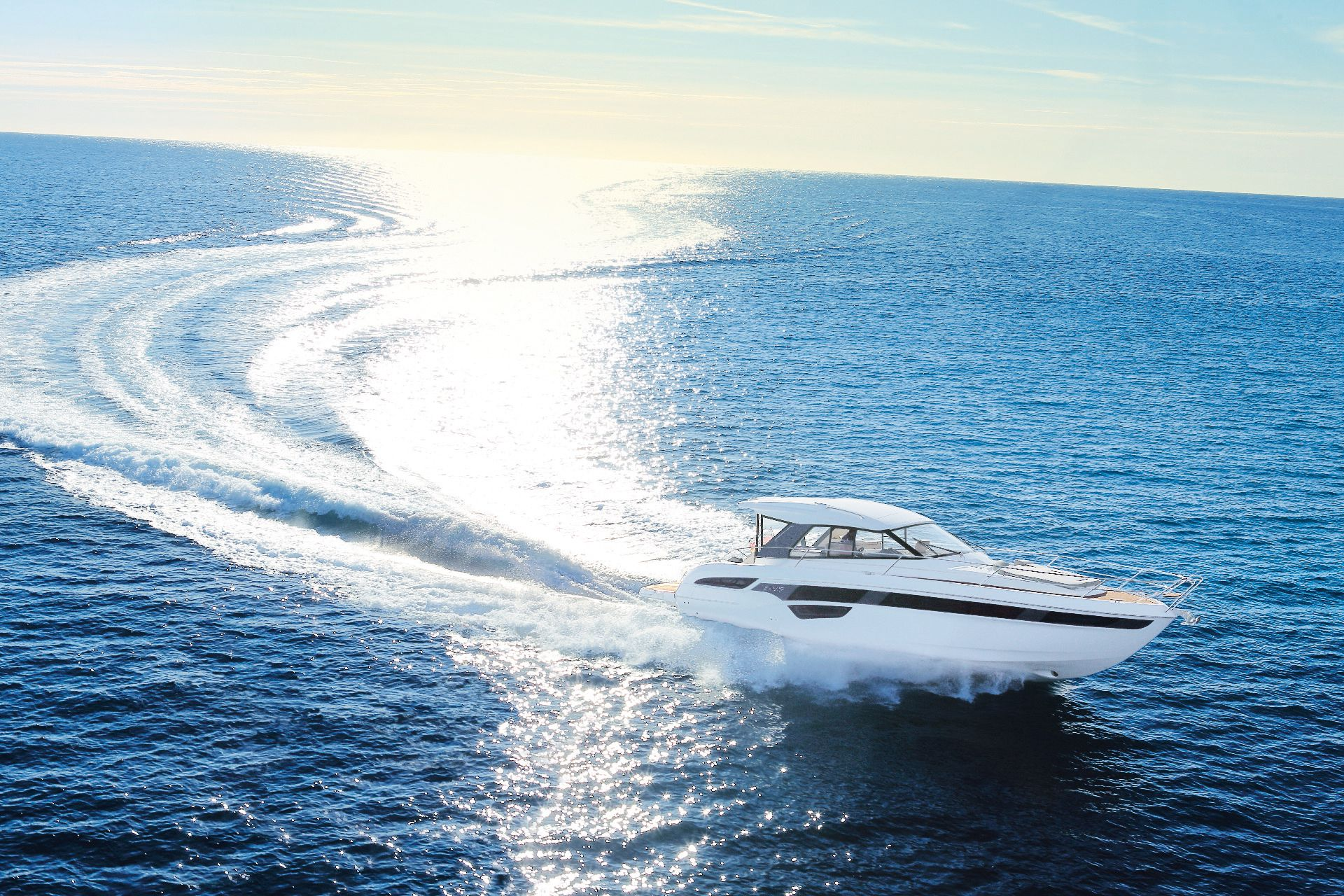 book motor yacht online, motor yacht charter, motor boating, motor yacht